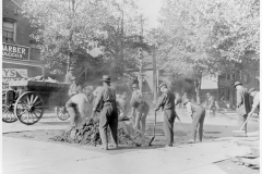 Outside workers laying pavement in Hamilton,1911. Courtesy of McMaster University Labour Studies Archives