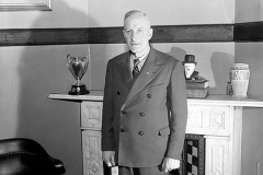 Samuel Lawrence, veteran labour leader and mayor of Hamilton from 1944 to 1949, standing in his office at City Hall, 1948. Courtesy of The Hamilton Spectator Collection, Local History & Archives Department, Hamilton Public Library.