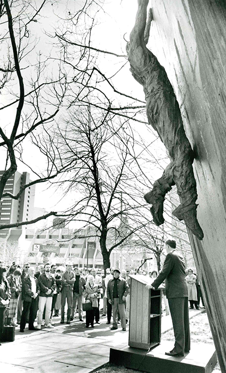 Attendees at the third Day of Mourning sponsored by the Hamilton and District Labour Council. This somber annual tradition, memorializing those who died or were injured on the job, continues today, April 28, 1992. Courtesy of The Hamilton Spectator Collection, Local History & Archives Department, Hamilton Public Library.